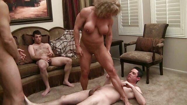筋肉の女性ポルノ